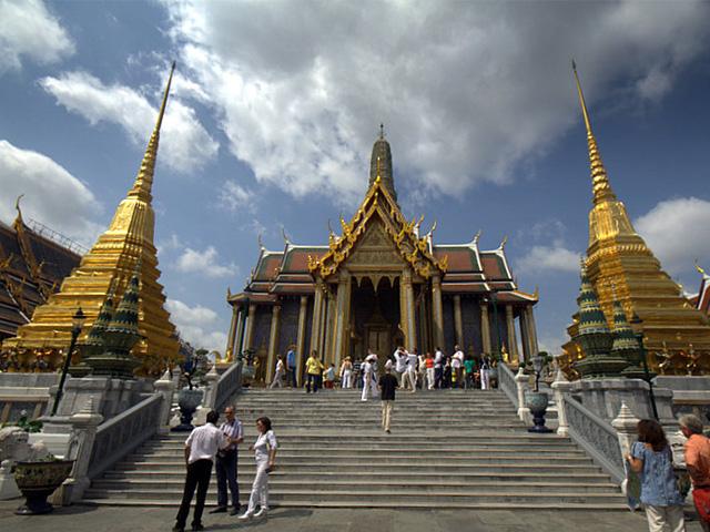 Prasat Phra Debidorn
