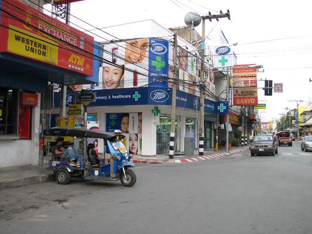 Thapae Road