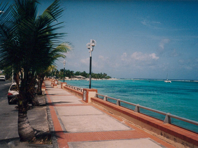 Sainte Anne, sea border